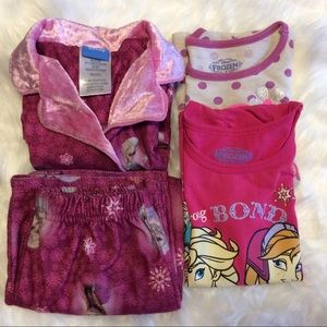 6 for $20 Frozen Girl 4T Lot 1 PJ set 2 shirts